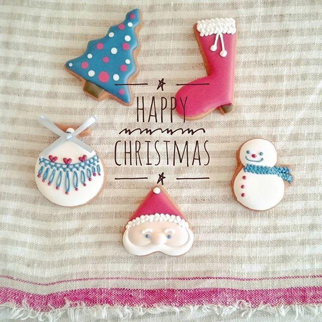 . #クリスマス まであと少しですね♪  毎年、我が家の#クリスマスパーティー は子どもたちが#スタイリング を考え、準備をしてくれます  そのためこの時期を意外にのんびり過ごさせて頂いております(笑)  @ppbabys さんの可愛い #アイシングクッキー で #ほっこり ティータイム ☕  #パーティープランナー#パーティースタイリング#パーティーコーディネート#パーティーアイデア#パーティーフード#パーティー#キッズパーティー#クッキー#アイシング#手作り#埼玉#プレザンパッセ#サンタ#雪だるま#スイーツ#デザート#お菓子#ティータイム#cookie#display#presentspasses#icing#icingcookie