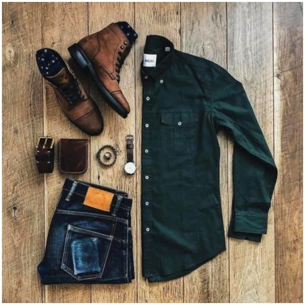 The Appropriate Mens Attire For Every Occasion Here are some ideas for casual men's to try to improve your look. Finding your style of is not an overnight task, and it's not just. Mens Casual Dress Outfits, Men Dress, Fashion Outfits, Mode Masculine, Men Fashion Show, Mens Fashion, Stylish Men, Men Casual, Mens Attire