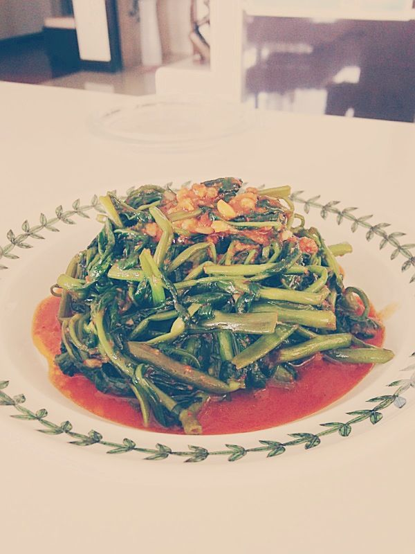 Homemade sides: Kang Kong Belacan Typical Malaysian dish. Made of green vegetables called Kang Kong with Belacan sauce. For spicy food lovers.  #spicy #food #love #side #dish #malaysia #kl # kangkong #belacan #homemade #green #vegetables