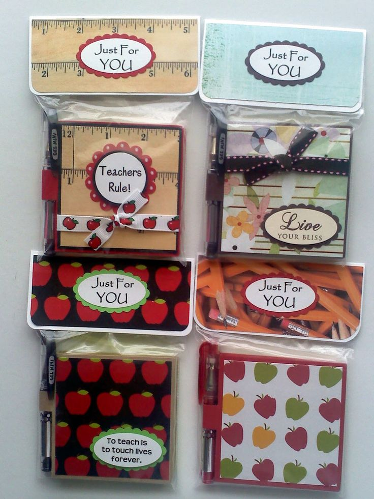 Poat it note holders and pens.  Lots of craft fair ideas on this blog