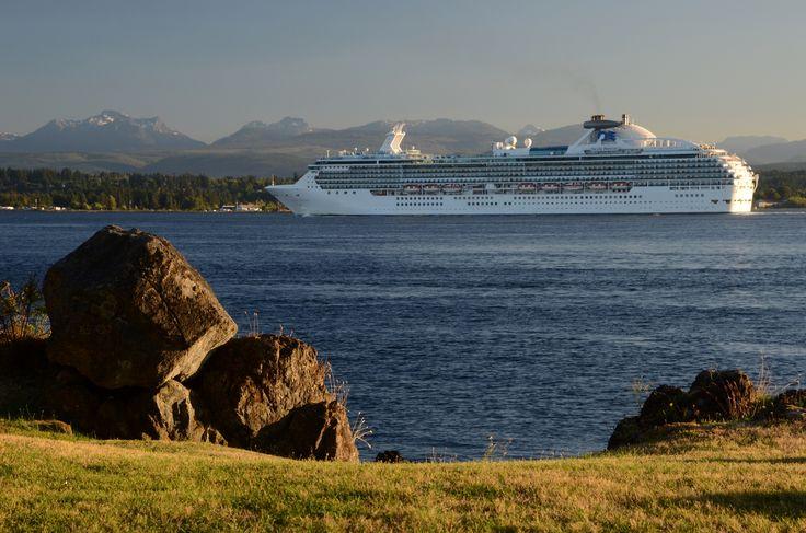 https://campbellkat.files.wordpress.com/2014/07/april-point-cruise-ship-d7k_8891.jpg