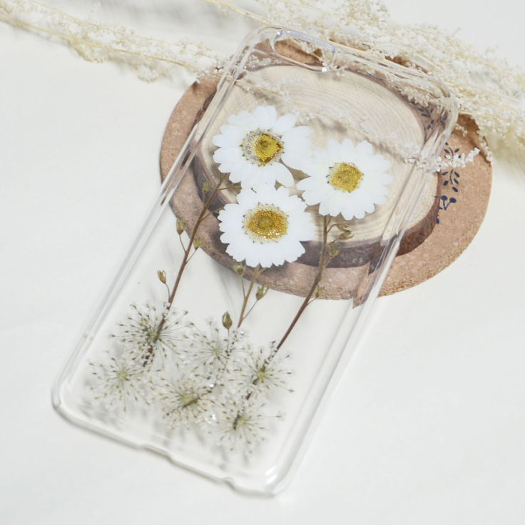 White Daisy Flower iphone 6/6s/6 plus case, iphone 7 case clear,iphone 5 5s 5c case clear, pressed flower iphone case,samsung s6 s7 case by FancyPocketvivi on Etsy https://www.etsy.com/au/listing/464406058/white-daisy-flower-iphone-66s6-plus-case