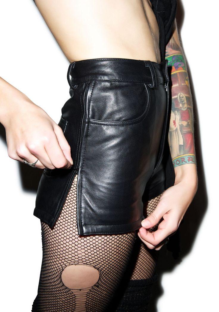 Black Scale Thug 4 Life Shorts | Dolls Kill
