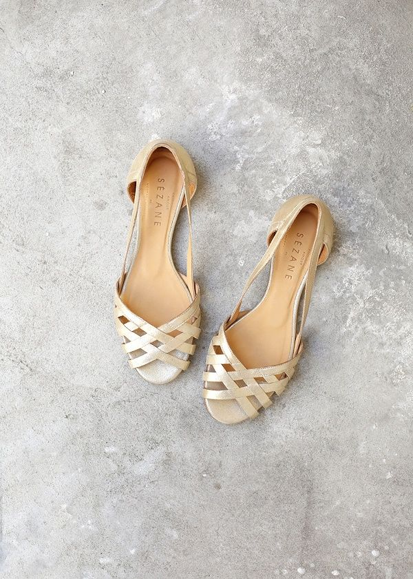 Sézane / Morgane Sézalory - Direction Marseille - Low Monroe Sandals -#sezane www.sezane.com/fr #frenchbrand #frenchstyle #springcollection