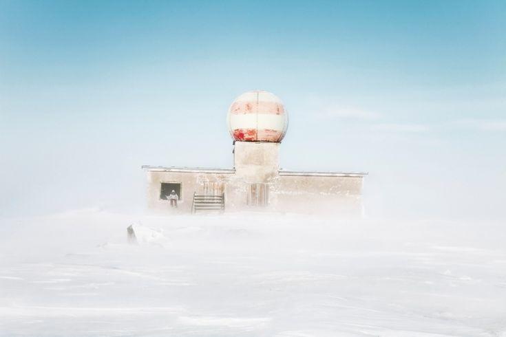 Cold spell: Evgenia Arbugaeva's mesmerising photogaphs of a vanishing town - The Calvert Journal