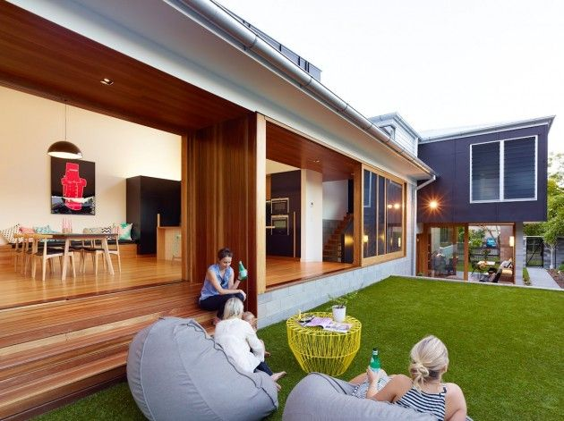 Shaun Lockyer Architects have recently completed the Terraced House, a family home located in Brisbane, Australia.