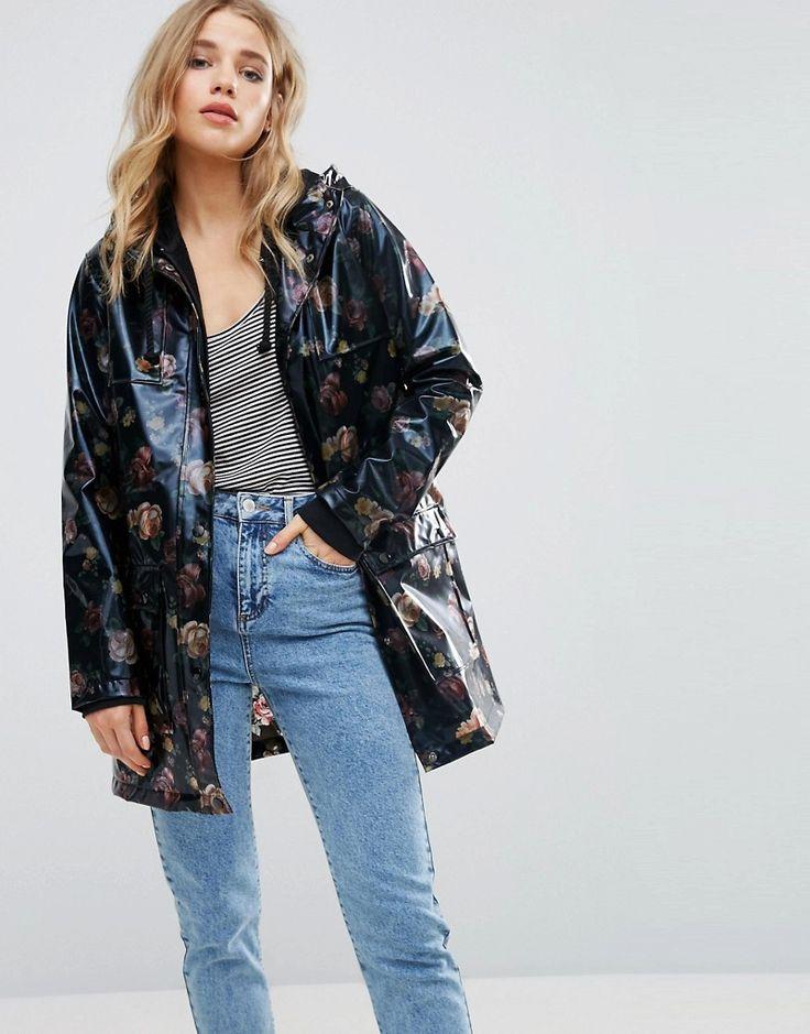 Anorak de charol con diseño floral de New Look