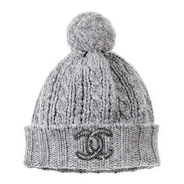 Chanel ... Oh my goodness I want this hat. I would be so stinkin' cute in it!