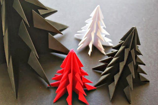 apprenez un fabriquer un sapin en papier, en utilisant la technique de l'origami!