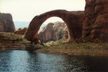 A place for prayer and worship in the Navajo culture, the Bridge signifies good fortune and is considered a sacred place for tribal members. Rainbow Bridge was not discovered by outsiders until 1909 by two parties who joined together in search of the towering sandstone formation. President Howard Taft declared it a national monument in 1910.