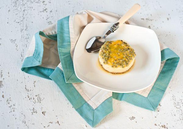 Чизкейк быз выпечки с манго и маракуйей