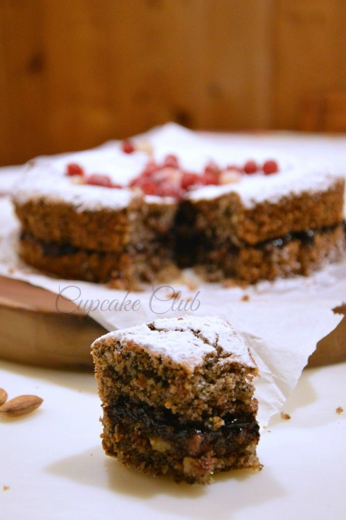 Torta di grano saraceno con marmellata di ribes rosso  