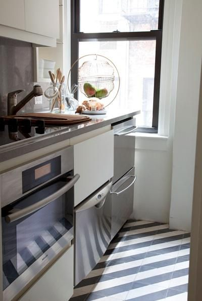 striped floor - Kleine Galeere Kche Bilder Umgestalten