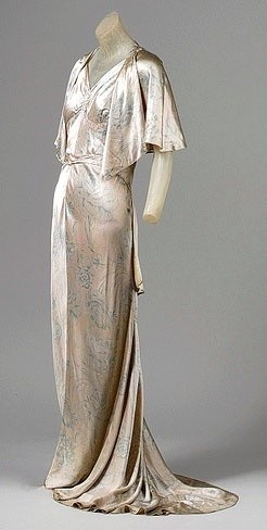 Cape and Dress - c.1929 // Design by Jean Patou (French, 1887-1936) - Ivory china silk with multicolored floral print