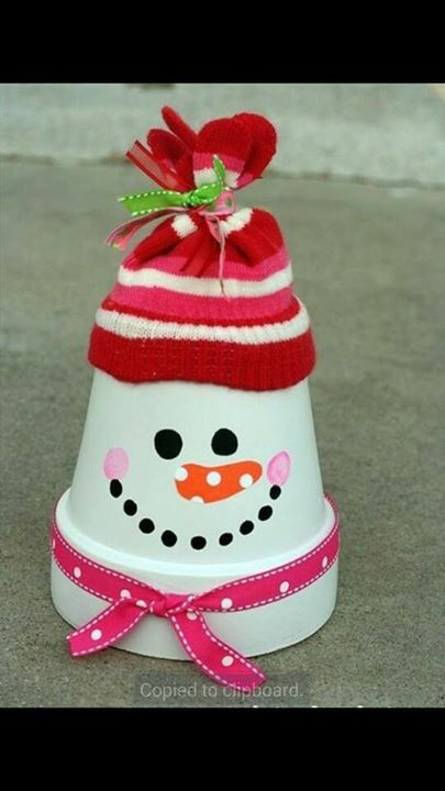 403 best christmas pot crafts images on pinterest natal christmas paint a terracotta clay pot white add a bit of face paint fun and then top with a tied glove stocking hat from pound shop cheap and easy diy christmas solutioingenieria Gallery