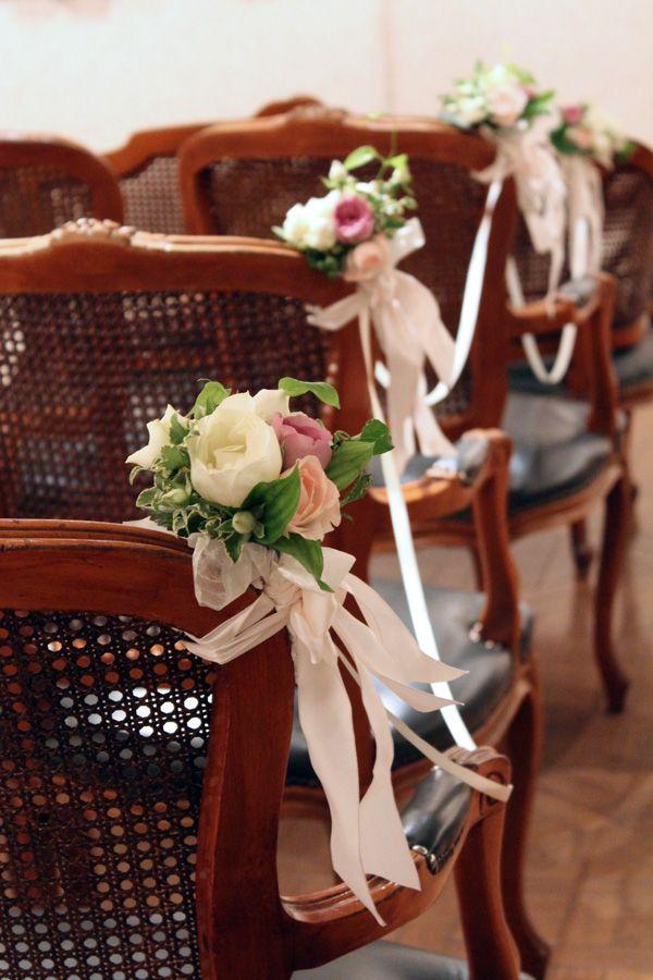 広尾のフレンチレストラン、ひらまつ様でのウェディング。チャペルフラワーとして椅子に花束とリボンを飾って。 chapel,ceremony,chair flower,ribbon