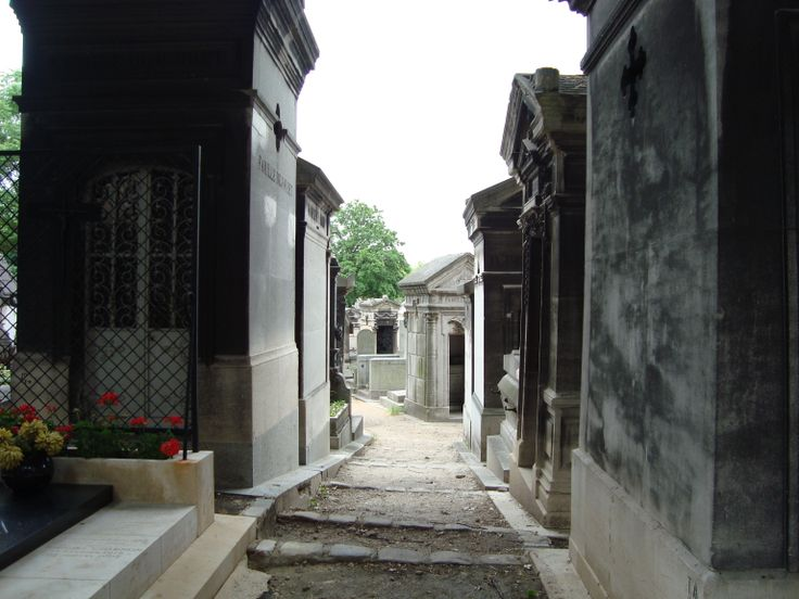 Pere Lachaise Cemetery, Paris, 2012. Pictures taken by Jammekke.