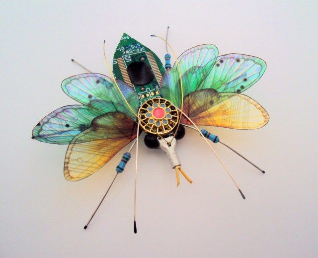 insectos piezas electronicas Julie Alice Chappell 8