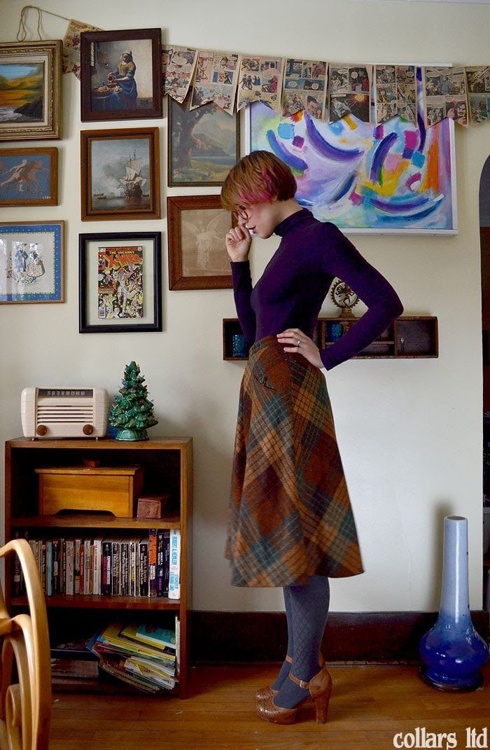 Beautiful plaid midi skirt with colourful tights and turtleneck! …