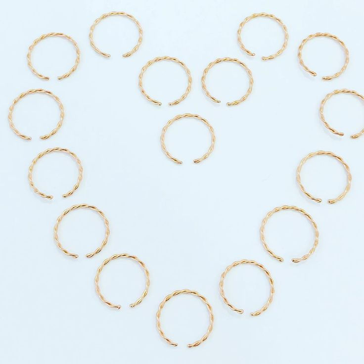 #Rosegold twist nose rings Our love affair with rose gold continues...
