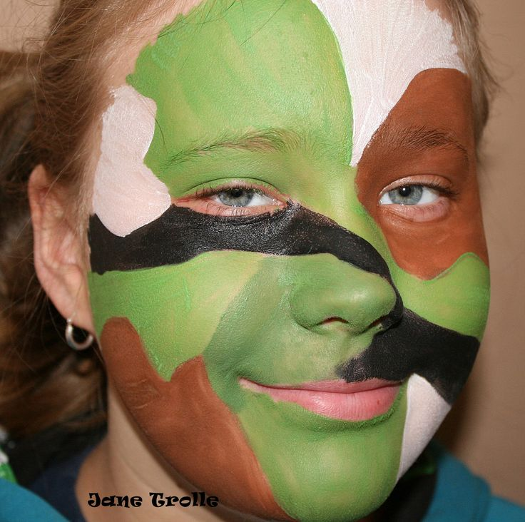 Facepaint by Jane Trolle. Camo