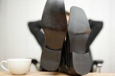 4 regras de etiqueta no trabalho que muita gente (ainda) quebra