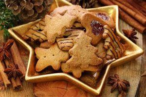 ***¿Cómo preparar galletas navideñas?*** Recetas tradicionales de galletas para la navidad o cualquier ocasión que lo amerite. De miel, vainilla y chocolate y jengibre.....SIGUE LEYENDO EN..... http://comohacerpara.com/preparar-galletas-navidenas_4980c.html