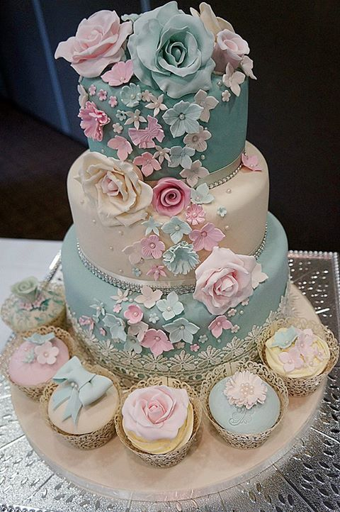 blue and pink wedding cake. really cute! too cute for jacob?