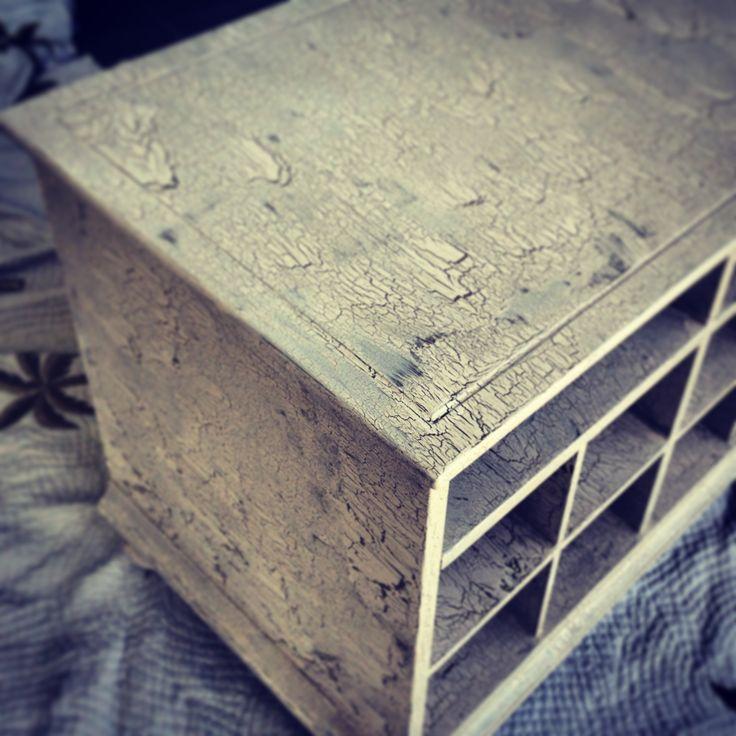 DIY crackle>>> elmers glue