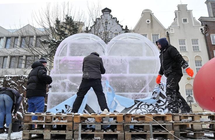 Wielkie, lodowe serce dla WOŚP 2013 w Gdańsku / Big, icy #heart for #WOSP 2013 in #Gdansk.