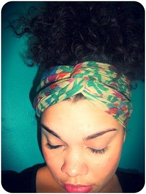 Turn Your Scarf Into a Headband | Around the Way Curls - Great style for the gym as well.