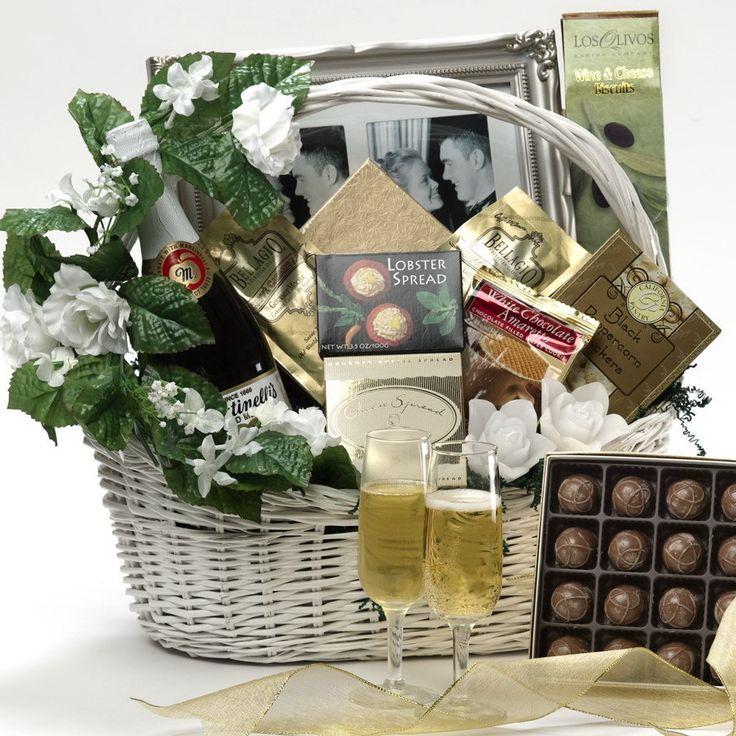1000+ Ideas About Wedding Gift Baskets On Pinterest