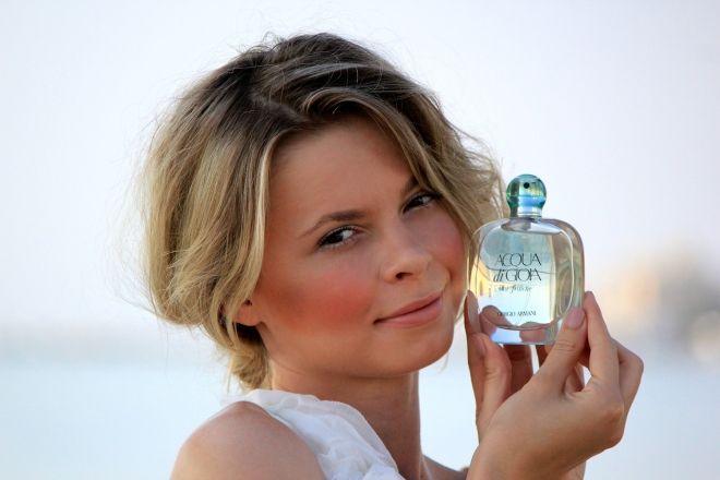Stylizacja inspirowana perfumami Giorgio Armani Acqua di Gioia Eau Fraîche