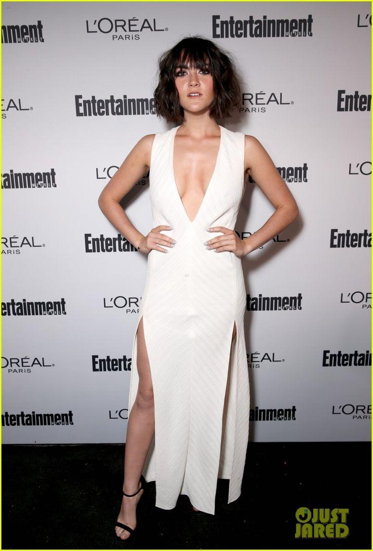 Maksim Chmerkovskiy & Pregnant Peta Murgatroyd Step Out at EW's Pre-Emmy…