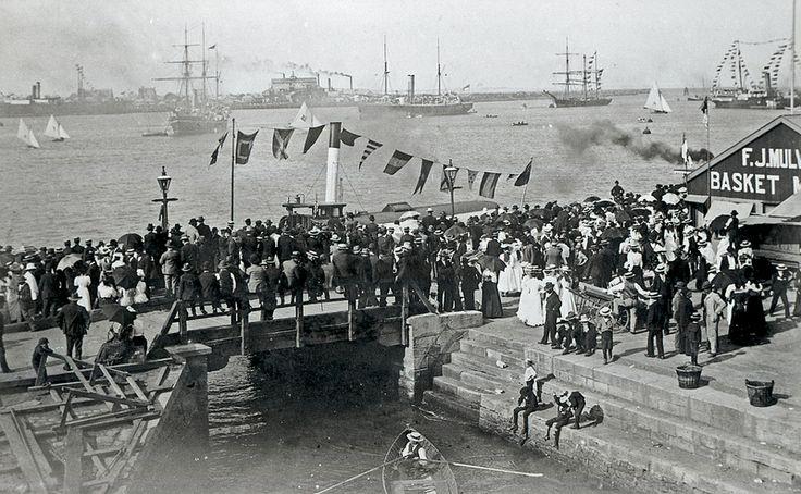 Regatta, Perkins Street boat harbour, Newcastle, NSW [n.d]   by UON Library,University of Newcastle, Australia