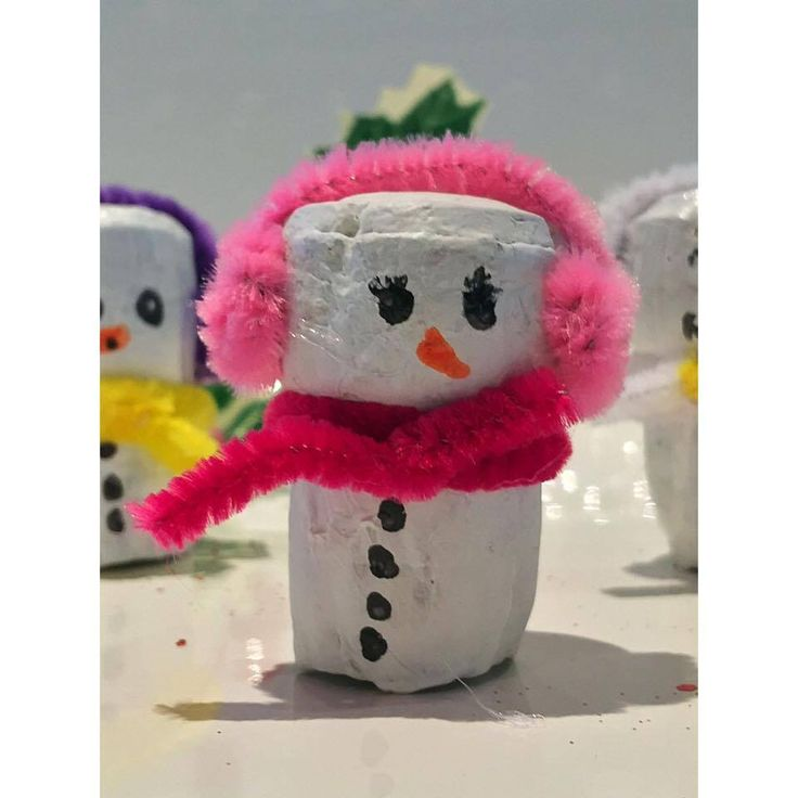 In my xmas themed crafts I have started on a selection of wine cork people I call my corkies. Even the kids can join in on this one. DIY Recycled. @carols_candles