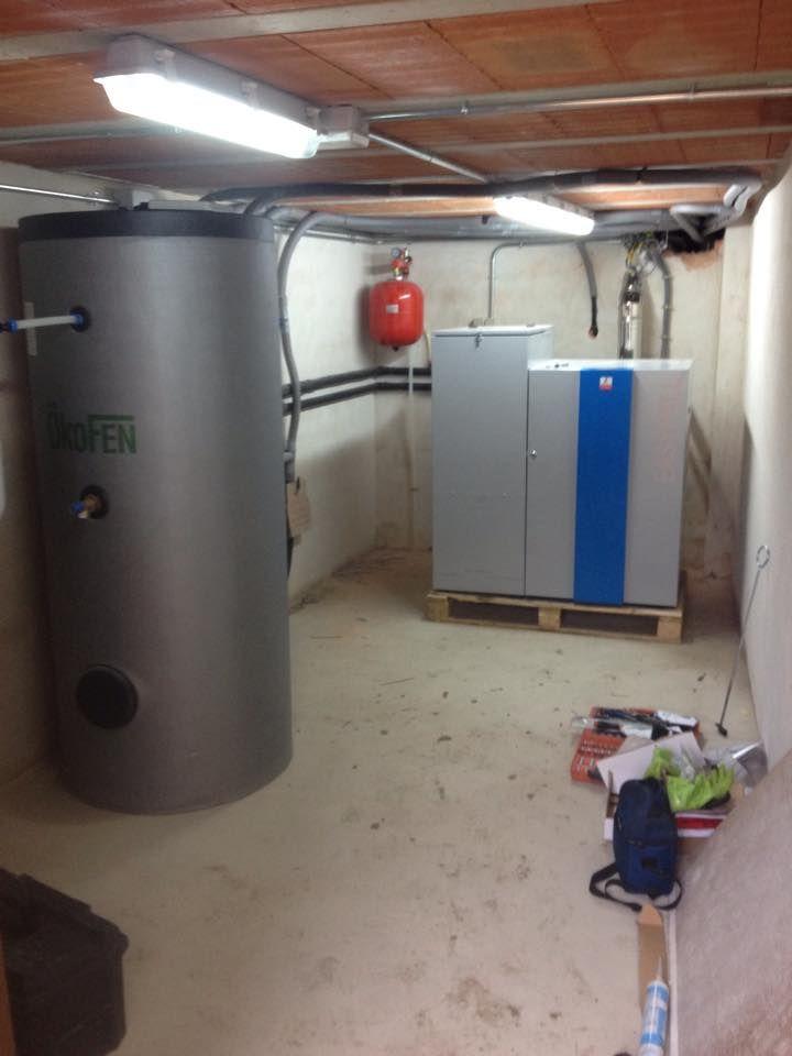 deposito interacumulador  para ACS  y caldera pellet  para casa rural en aldeasoña