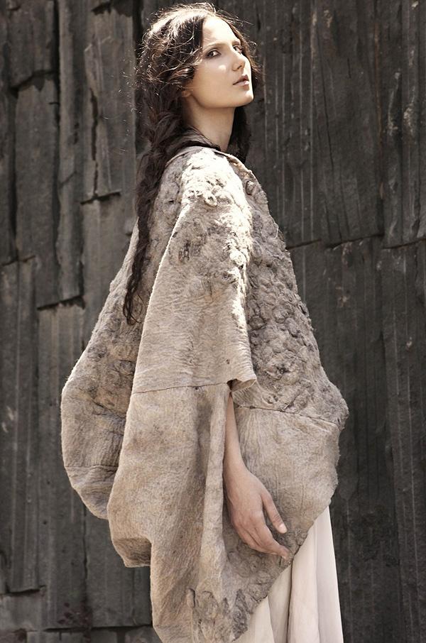 "'Cocoon' Fashion Collection // Maka | Afflante.com. The ultimate ""shrug"""