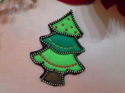 EW055_Felt Zipper Christmas Tree