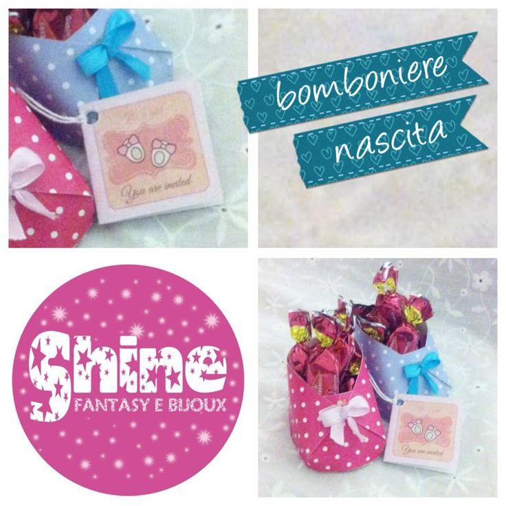 Porta confetti SCARPINA fatte con carta e nastrino di rosa, facili e di grande effetto.