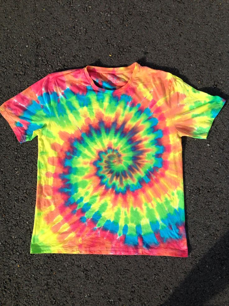Made by me at. The Tie Dye Dungeon. Step spiral. | Clothes