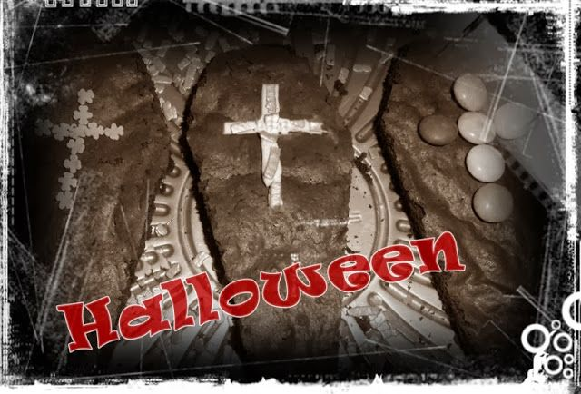 Halloween Brownies Grave http://www.carmy1978.com/2013/10/ricetta-halloween-brownies-bare.html