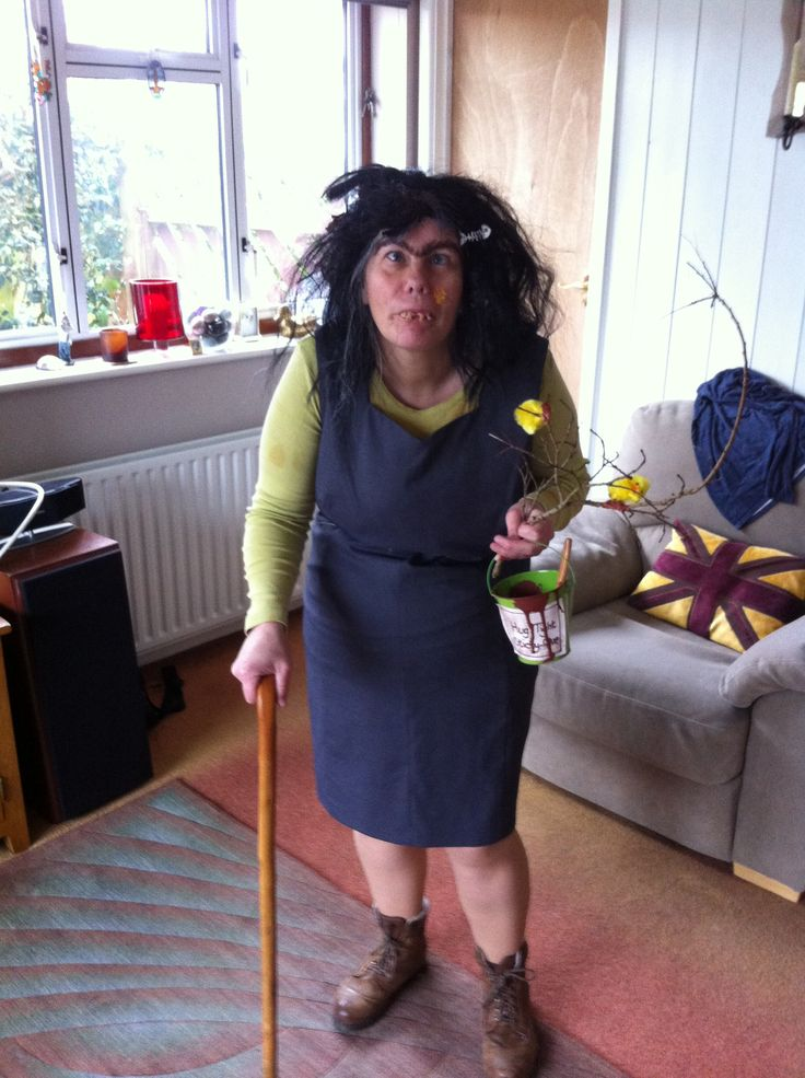 Mrs Twit  This is the look I am aiming for! I have a Mr Twit now too, and want to find some other characters - Miss Trunchbull, The Enormous Crocodile, Boggis Bunce and Bean from Fantastic Mr Fox, The Grand High Witch. What do we think?