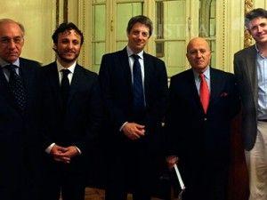 Decimonoveno doctor de la Facultad de Derecho  La Facultad de Derecho cuenta con un nuevo Doctor en su staff, el Dr. Luciano Damián Laise defendió exitosamente su tesis doctoral.