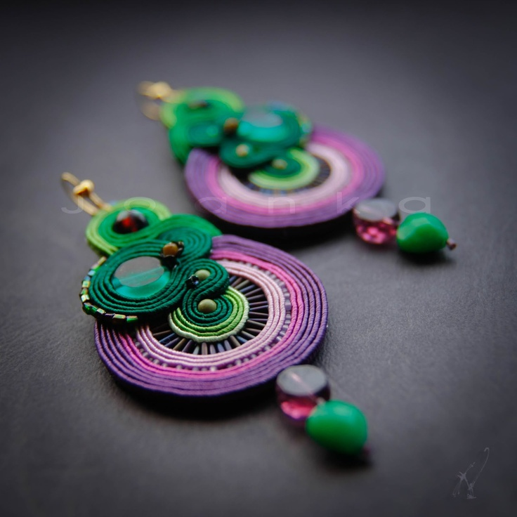 Joanka - Hand embroidered jewelry  http://joanka-k.blogspot.com/