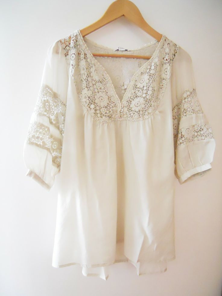 peasant shirt by Eze Sur Mer clothing - beautiful for 1st / 2nd trimesters and also postpartum. #maternity #fashion - I'm looking for something like this, if you see anything, ping me! Thanks.