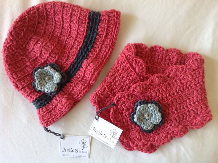 Buglets cloche hat and buttonhole scarf in rasberry storm.