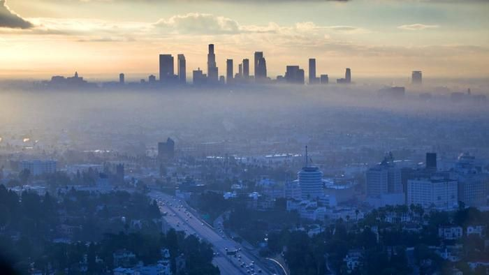 Excellent News U S Air Air Pollution Deaths Practically Halved Between 1990 And 2010 Air Pollution Pollution Airplane View