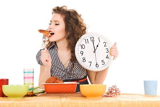 """Kender du følelsen af, at du ikke længere ved hvordan det er at spise """"normalt""""? At det med at lytte til din sult og mæthed lyder fint, men som noget du slet ikke er i kontakt med?"""