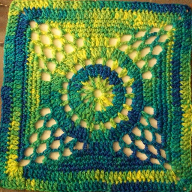 Free Crochet Afghan Patterns For Young Adults : 768 best images about Squares & Stitches....??? on Pinterest